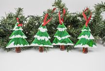 Artful Holidays / Artistic Holiday Ornaments