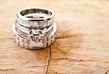 Muskoka Wedding Rings / Photos of gorgeous rings in beautiful Muskoka landscapes!