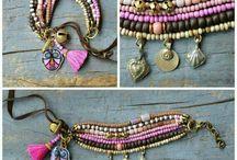 Armbanden en kettingen