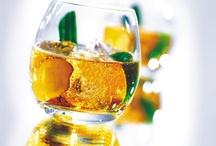 Vins - Spiritueux - Cocktails / Les différents vins, eaux-de-vie et liqueurs de la région.