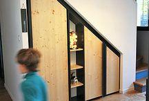 Rangement Dressing / Les espaces sont ré-investis, redéfinis via des agencements fonctionnels permettant de gagner de l'espace et de se réapproprier des lieux souvent mal exploités.
