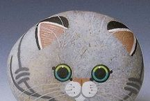Камни котик