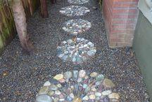 chodniky a kameny naslapne