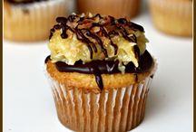 Cupcakes / by Terri Prestwich