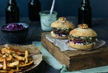 Burger Baby / Ob der klassische Burger, asiatische Burgerrezepte oder das Rezept für den perfekten Bun. Auf diesem Board findet Ihr inspirierende Rezepte für Euren Lieblings-Burger.