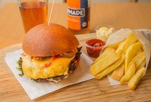 Die besten Burger Restaurants in Frankfurt / Wir haben für Euch die besten Burger von Frankfurt am Main gesucht und gefunden! Wo gibt es also die besten Burger von Frankfurt? Findet es heraus! Bester Burger Frankfurt Restaurant