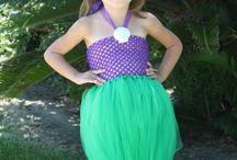 kiddos: costumes.