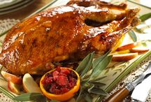 FOOD: Chicken & Poultry / Chicken, turkey, duck, Cornish hens, poultry recipes. / by Lilly Calandrello