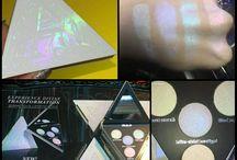 Holo Make-up / Holo Lidschatten, Holo Nägel, Holoeffekt, Holo Lippen, Holo Make-up Look, Holo Lips, Holo Eyes, Holo Lips, holografische Lippen