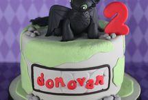Party Cake Ideas / by Kelli Thwaites