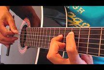 Gratis Online Gitaarles / videolessen die gepint zijn vanaf www.gitaarcursus.com  en www.youtube.com/leenardoctofianus