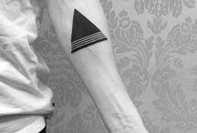 Tattoo τριγωνο