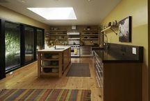 Modern Kitchens / Modern kitchen design and decor