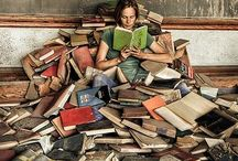 Beauteous Books / All kinds of pictures that contain the beauty of books within them.