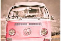 Let's hit the road / Beautiful VW vans for a nice roadtrip.