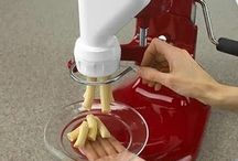 Kitchen gadgets TO hAve