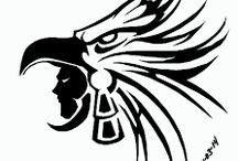Águila, lobo y león