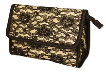 Cosmetic Bags / Cosmetic bag options that are perfect for individuals or the seasoned makeup artist.
