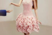 vestiti bambole uncinetto