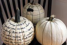 Fall/pumpkins