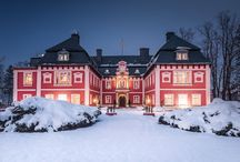 """Miłków - Pałac """"Spiż"""" / Pałac """"Spiż"""" w Miłkowie wzniesiony przez Carla Heinricha von Zierotina w roku 1667 w barokowym stylu. Po pożarze w roku 1768, obiekt odbudował ówczesny właściciel, hrabia Johann Nepomucen Lodron-Laterano w stylu klasycystycznym. Od 1990 pałac jest własnością prywatną i służy jako hotel i restauracja."""