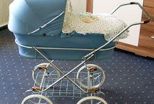 Poppenwagen ( childpram)