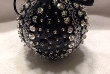 Sequins balls
