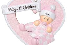 Personalized Baby Christmas Ornaments / Having a baby is a special moment in life. Having a new Baby this Christmas deserves more than just a celebration, it is a blessing that you will be sharing with everyone. This Holiday season, gift your newest member of the family with a Heartily Yours Baby's First Christmas Ornament. It is a keepsake for your little one that will last a long time. Celebrate the Holidays, with a Personalized Ornament.