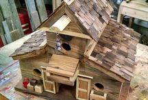 Maquetes e casas de brinquedo