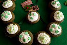 ST. PATRICK'S DAY / Viele Amerikaner haben irische Vorfahren, kein Wunder, dass in den USA der St. Patrick's Day besonders gefeiert wird! Hier findest du Back- und Dekoideen, Sprüche zum Paddy's Day und vieles mehr!   #TheAmericanDream #USA #Green #StPatricksDay #PaddyDay #America #Irish