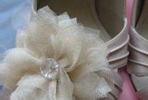 DIY Fabric Flowers / by Belinda Lindsey