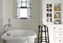 Bathroom / by Monica Brito Fitness
