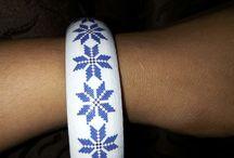 Bijuterii cu Motive Traditionale Romanesti / bijuterii lemn decorate manual cu motive traditionale