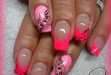 Finger Nägel