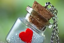 Mini bottles, miniature things