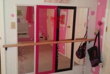 Girlie rooms / girl rooms / by Alicia