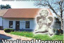 Andělé sošky keramika Veselí nad Moravou
