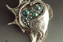 Pearl fantasy jewellery