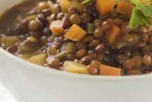 Sopas y caldos veganos / ¡Disfruta estas deliciosas y calientitas recetas!