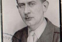 """Książka PO CO? Stefan Żongołłowicz (Krzysztof Jordan) / PO CO? To książka biograficzna o Stefanie Żongołłowiczu. Był on jednym z wielu, którzy walczyli w obronie naszego kraju w czasie II Wojny Światowej. Brał również czynny udział w Powstaniu Warszawskim. Przynależał do oddziału Armii Krajowej zgrupowanie """"Radosław"""", batalion """"Czata 49"""". Brał udział w akcjach na Czerniakowie, Woli czy na Nowym Świecie. Po wojnie wyemigrował do Włoch do korpusu gen. Andersa, następnie służył w Odziałach Wartowniczych przy Armii Amerykańskiej w Europie."""