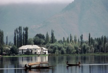 BCH / BCH is the ONLY houseboat lodgings in Srinagar which combines a secluded and private location with glorious views across Dal Lake to snow covered peaks.
