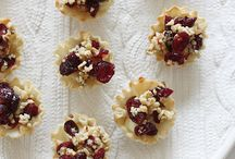 Recipes: Appetizers / by Elizabeth Goodsell
