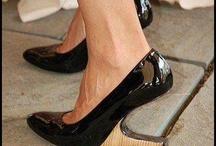 Shoeees