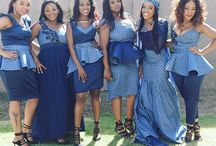 traditional dresses african / Traditional attires