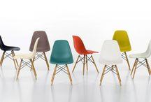 """Iconic design furniture / Una raccolta di oggetti """"iconici"""" che hanno fatto la storia del design e che continuano a farla. Chi non ne vorrebbe almeno uno in casa?"""