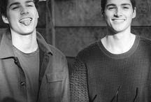 Jack and Finn harries, twins, boys