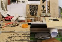 Kimonos Art Center's Printmaking Studio / This is a board with teaching material for the Kimonos Art Center's printmaking courses.  Here you can also find works done by our students.