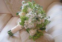 'Elegant and Fresh'... white, cream & green themed wedding florals