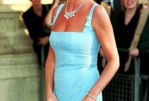 Diana after divorced / H.R.H PRINCESS OF WALES DIANA AFTER HER DIVORCED and Jac made Diana's Skirt shorter and shorter