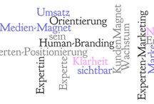 ExpertenMarketing / Marketing & PR which supports you to build up your status as an expert in your niche.